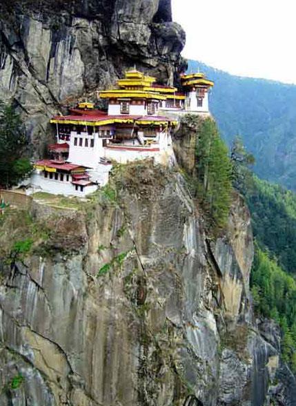 bhutan_tigers_nest_monastery